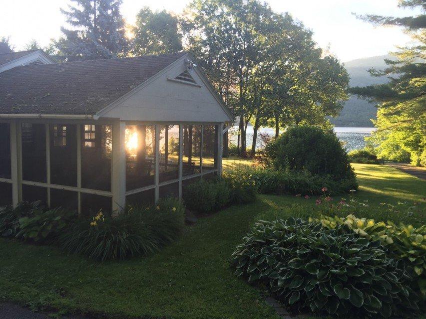 Mitten Rock Cottage